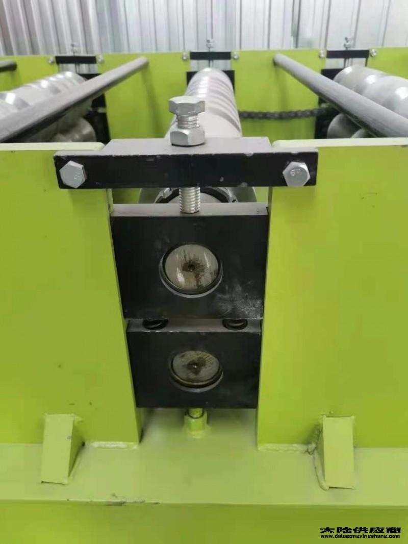 彩钢瓦压瓦机